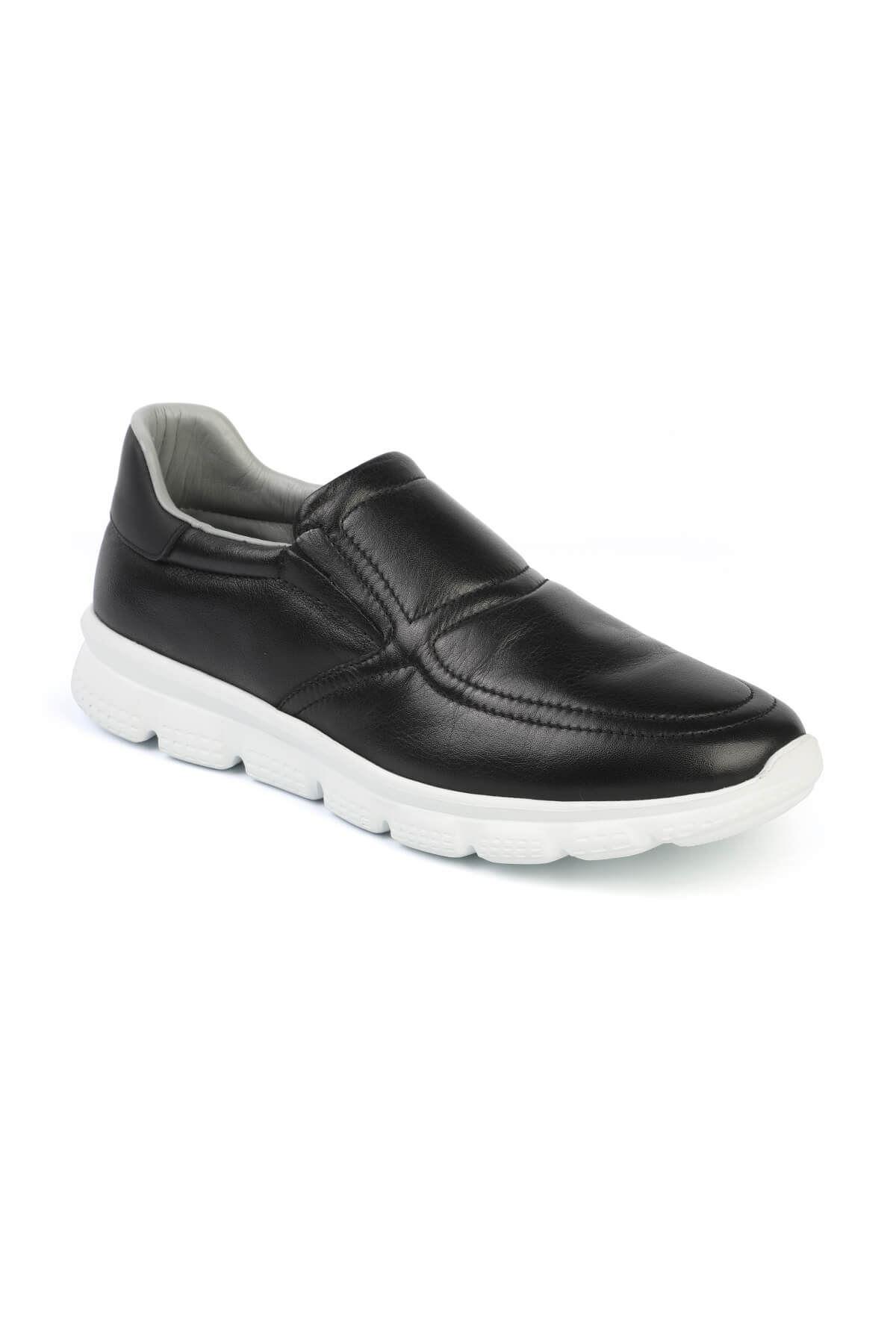 Libero 3122 Black Sports Shoes