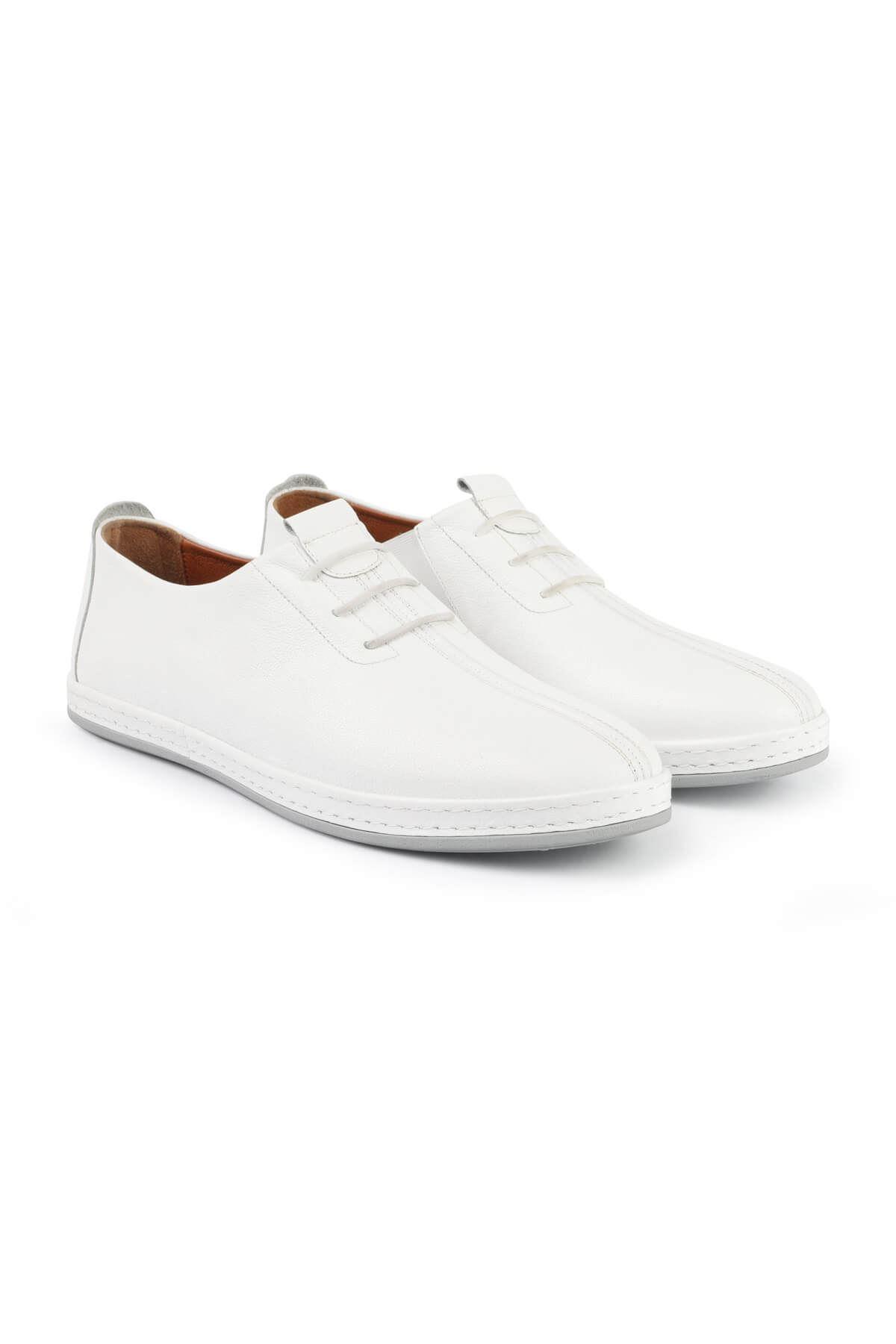 Libero 3042 White Casual Shoes