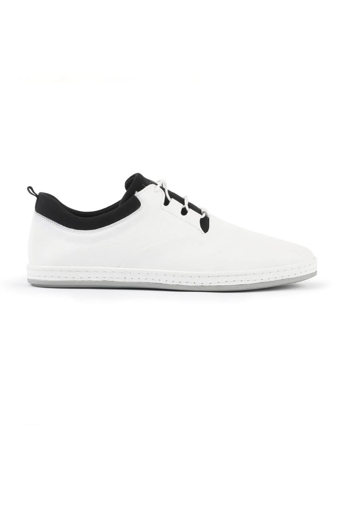 Libero 2979 White Casual Shoes