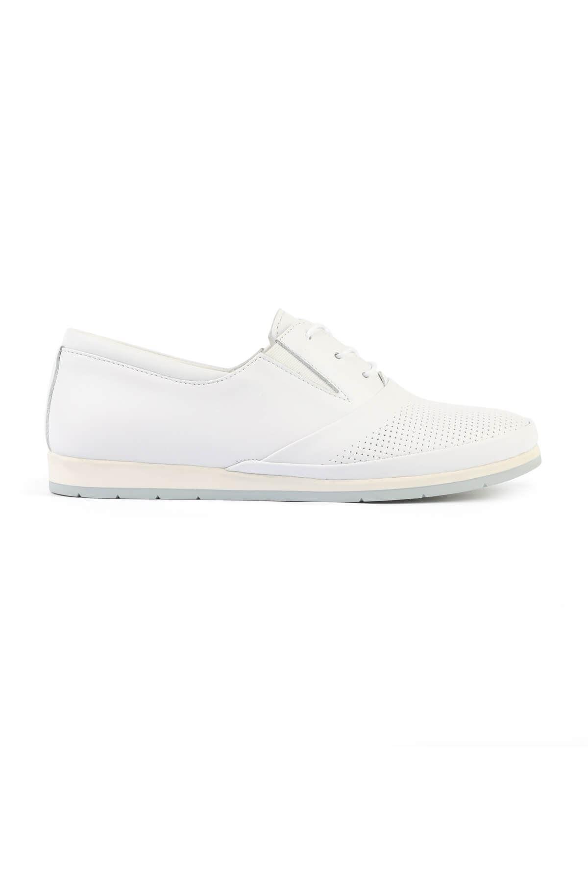 Libero FMS201 White Casual Shoes