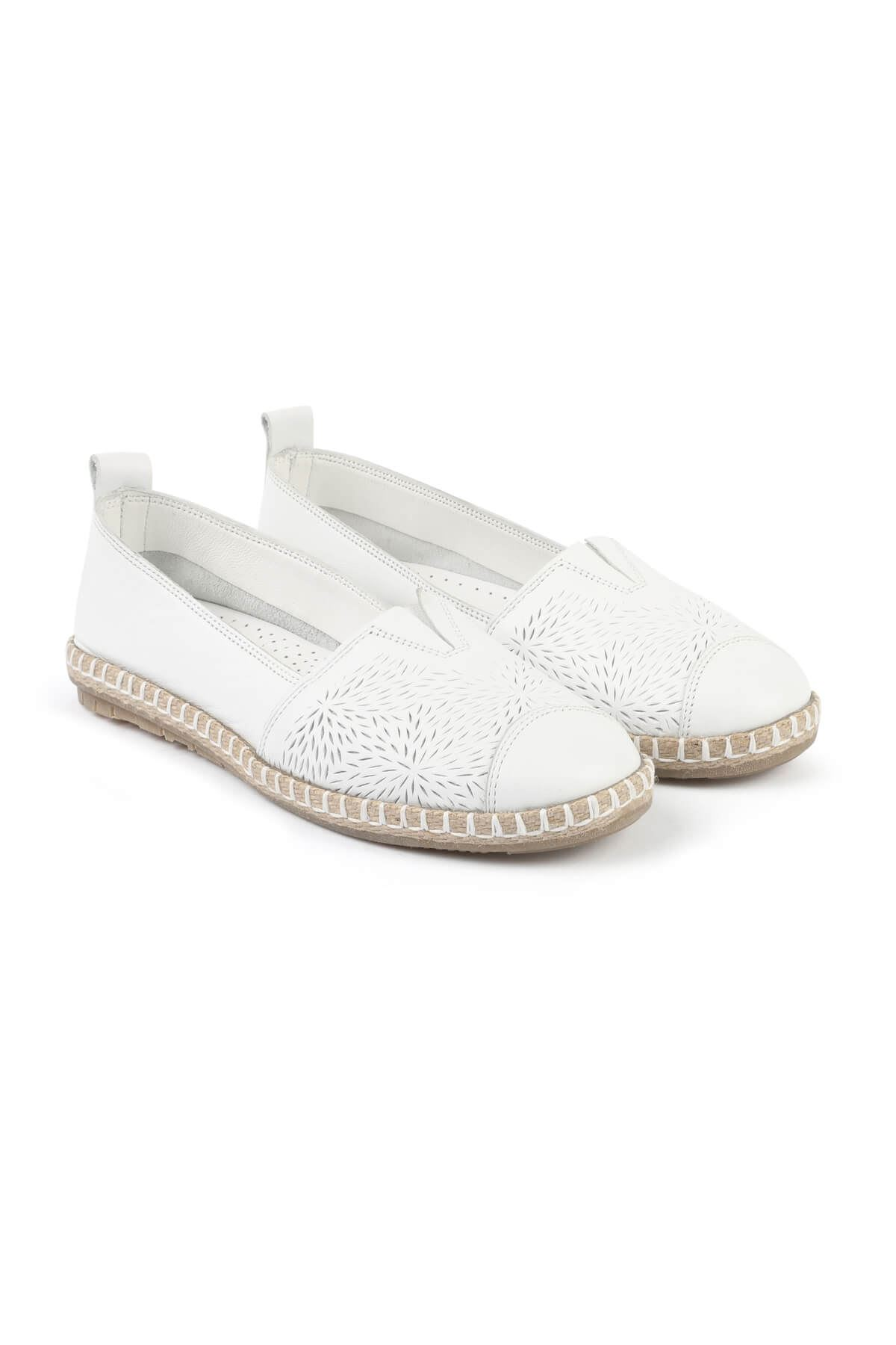Libero FMS251 White Babette Casual Shoes