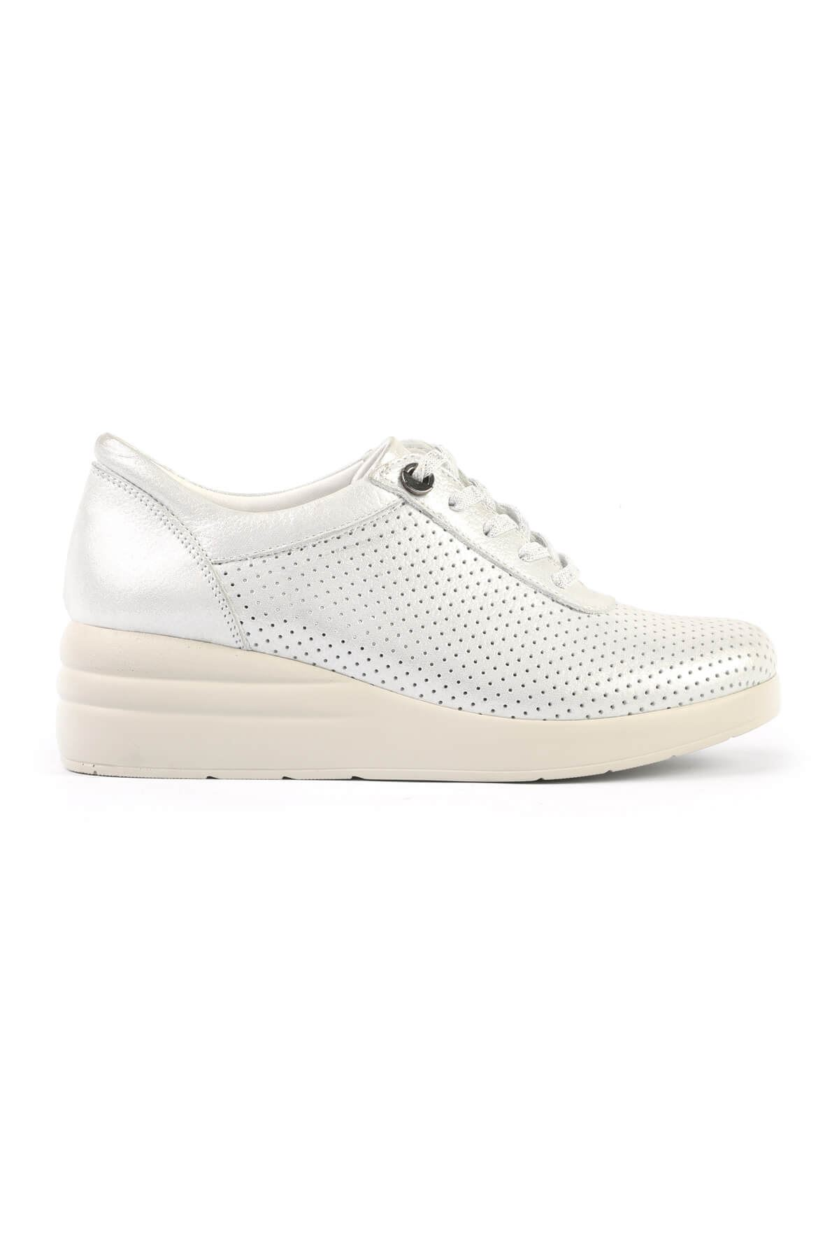 Libero FMS217 White Casual Shoes