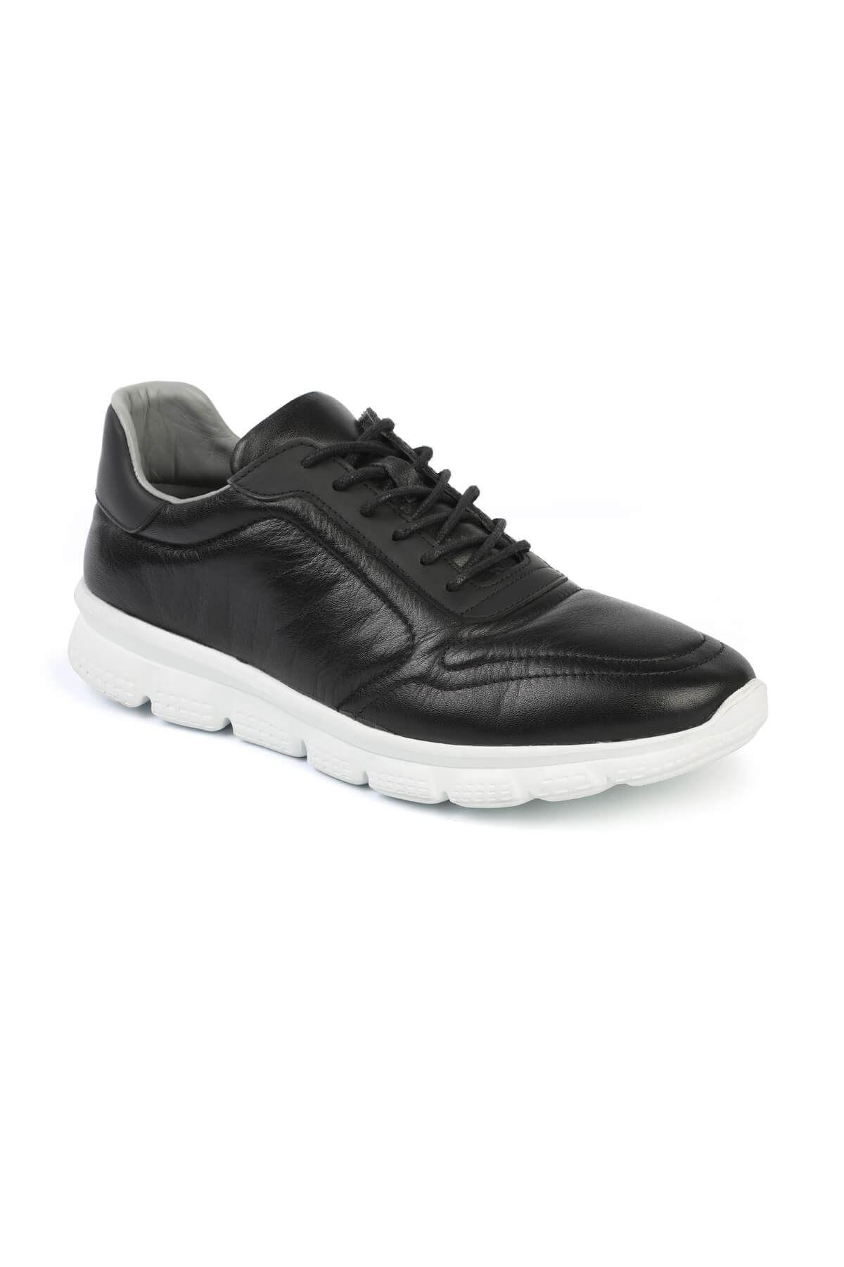Libero 3121 S.White Sports Shoes