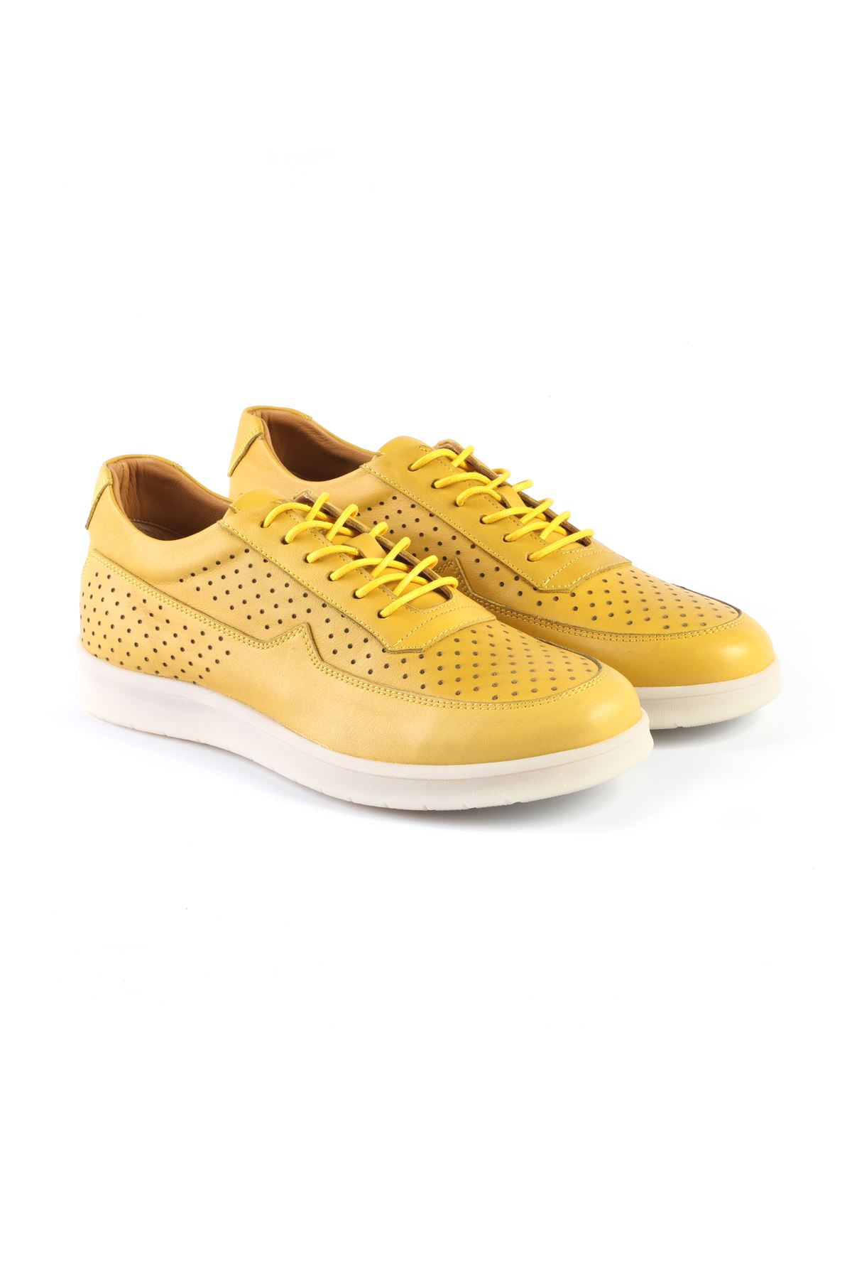 Libero 3241 Yellow Sports Shoes