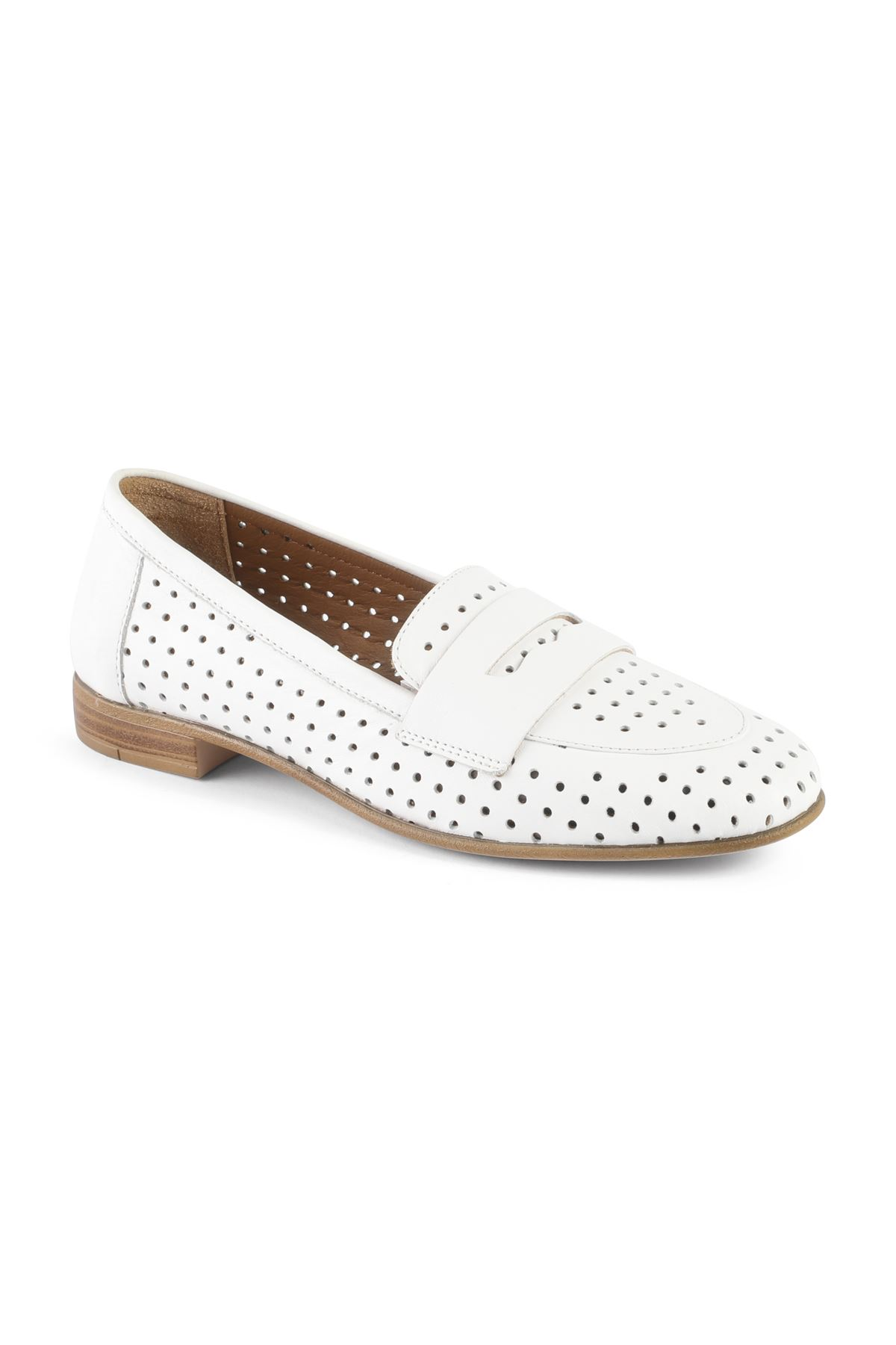 Libero MS2200 White Babette Shoes